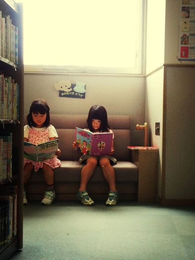 おふたりで どうぞ。 Library Books 本 図書館