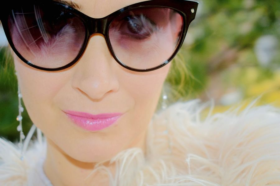 Glamour Shots Natural Beauty Audrey Hepburn Fashion Style Beautiful Woman Classy Lifestyle Images Concepts Photos Close-up Face Only Fashion Backgrounds Fashionistas Faux Fur Coat And Scarf Wearing Head Shot Only Holiday Model Mature Adult Woman Outdoors Outside Nature Background Pink Lipstick  Popular Trends Real People, Real Lives Seasonal Selfie Sofisticated Water Wearing Black Sunglasses Wearing Make Up Women Of EyeEm