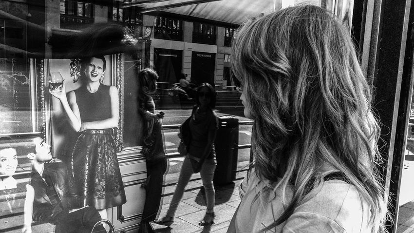 Blackandwhite City Lifestyles Luxury My Year My View People Real People Reflexions She Take A Walk Wild Side Wish Women Women Of EyeEm Showcase Storefront Loewe Madrid Finding New Frontiers Smile Look Women Around The World TCPM The Street Photographer The Street Photographer - 2017 EyeEm Awards