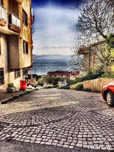 En güzel sokak manzaralarından.. 🌅🌅