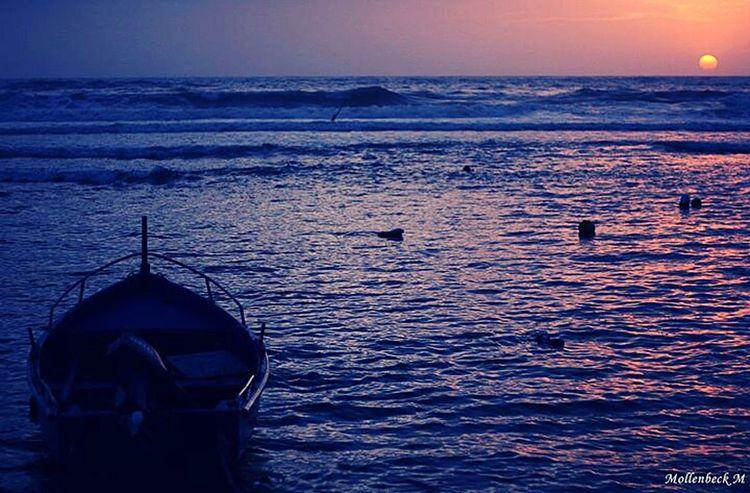 Barca al tramonto Santa Marinella Italy