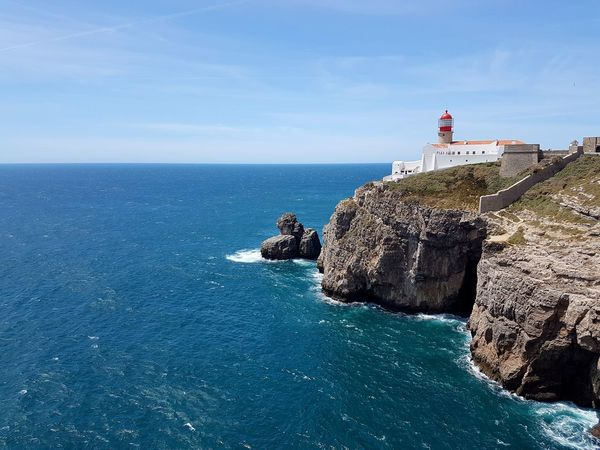 Sea Lighthouse Horizon Over Water Vacations Sagres, Algarve Sagres Ocean Atlantic Portugal Nikon D7200 Canoma Photography Nikon D7200 PhotoGraphy Sigma Sigma 35mm Art Cabo De São Vicente Lost In The Landscape