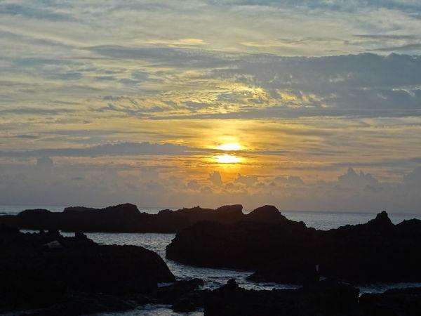 Taitung Taitung,taiwan 海水正藍 . 太平洋 / Taitung, Taiwan Sunrise