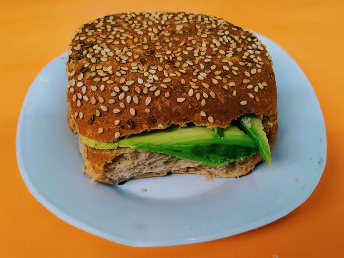Pan con palta. Bread VSCO Sandwich Breakfast Food Healthy Eating Lima, Peru Food And Drink Plate No People Freshness Brown Bread Indoors  Close-up Loaf Of Bread Day The Week On EyeEm Breathing Space