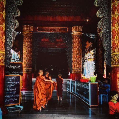 Young Monks Monks Burma Myanmar Yangon Temple Buddhism Travel Travelingram Travelgram BBCTravel Worlderlust