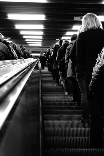 Monochrome Photography Street Photography Black And White Rear View Indoors  Subway Steps Escalator Pattern On The Move Sony A6000 Sony FE 35mm F2.8