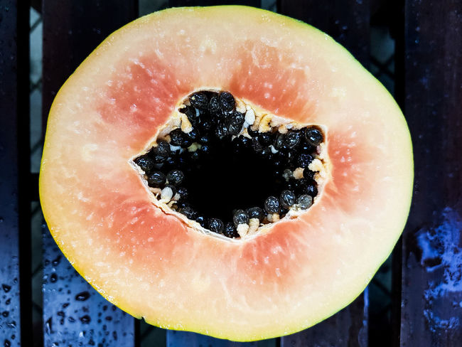 Papaya. Papaya PawPaw Fruit Healthy Eating Food And Drink SLICE No People Freshness Food Close-up Ready-to-eat