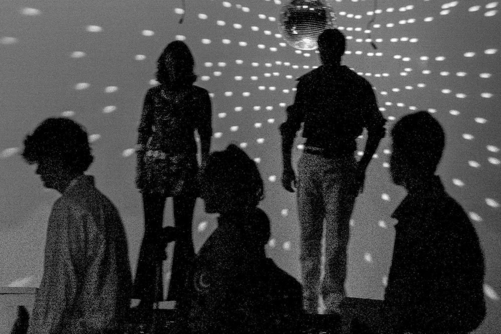 Disco Silhouette black and white friday Disco Performing Arts Event Group Of People Real People Shadow Nature Men Lifestyles City Togetherness Leisure Activity People Women Adult