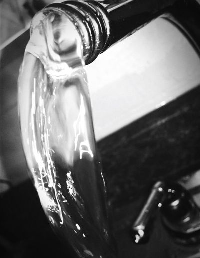 quick snapshot Water Close-up Flowing Purity Eye4black&white  Check This Out 😊 Followme EyeEmBestPics New Photographer Broken Faucet Quick Shot Snap Point Of View Indoors