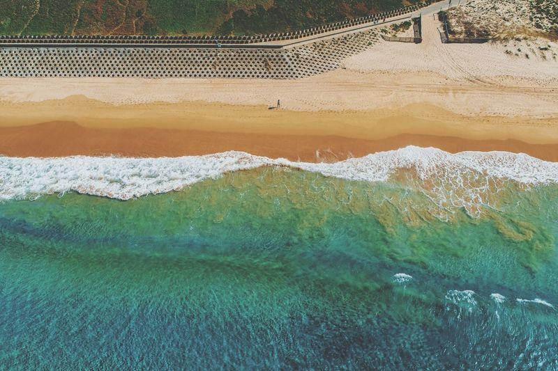 W A L L A N G L E Available as Fine Art Print on www.kess.gallery Aerial shot taken over a section of the iconic'Wall'at Cronulla Beach. #cronulla #theshire #sydney #ilovesydney #visitaustralia #visitnsw #sutherlandshire #beachphotography #beachwallart #waves #drone #drones #droneoftheday #droneporn #droneglobe #fromwhereidrone #dronesdaily #dronegear #dronesetc #dronelife #dronesaregood #aerialphotography #dronestagram #dronesarefun #dronepics #dronephoto #dji #djiphantom #phantom4pro Cronulla Theshire Sydney Ilovesydney Visitaustralia Beachphotography Visitnsw Sutherlandshire Beachwallart Waves Drone  Drones Dji Phantom4pro Djiphantom Aerial Beach Australia Water Fishing Net Sand Sandy Beach Shore