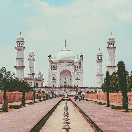 Bibi Ka Maqbara | (Tomb Of The Lady) From Aurangabad Vscocam Voyagediaries Aurangabaddiaries India Mughal Architecture Historical Afadingworld Ftwotw Latergram Madeforsquare Photooftheday Instaindia Nagpur