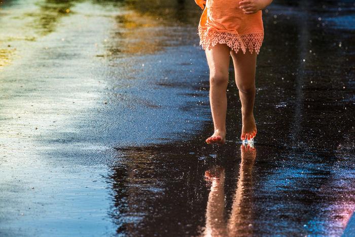 Asfalt Asphalt Barefoot Chilling Day Dripp Feet Foot Fun Human Foot Legs Motion Outdoors Rain Running Water Wet Wet Asphalt