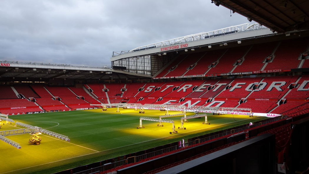 Amazing Architecture Amazing View Architecture Field Fieldscape Football Grass Growing Growth Lighting Equipment Lights Manchester Manchester UK Old Trafford Sir Alex Ferguson Stadium Stadium Atmosphere Fan Football Fans Football Field Football Life Football Stadium Manchesterunited Premierleague Seats