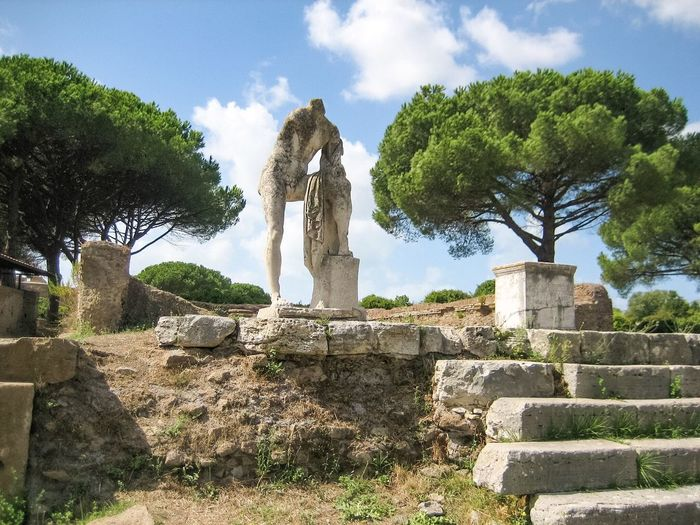 Showcase July Roman Art Roman Architecture Roman Statue Roman Culture Roman Ruins Roman Hadrian Hadrian's Villa Adriana Ancient City Ancient Ruins Ancient Civilization Architecture Hidden Gems  Green Color Tree Statue Ruins Architectural Detail Pine Trees Pine Tree Adapted To The City