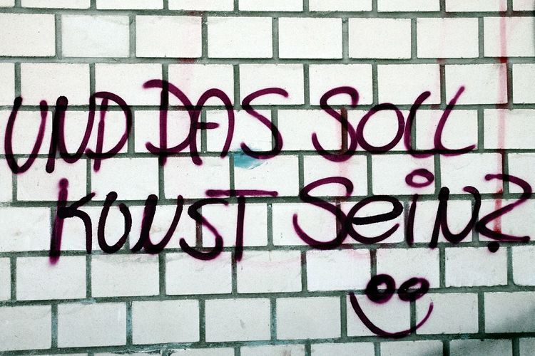 Graffiti Und Das Soll Kunst Sein? Good Question And That's Supposed To Be Art?