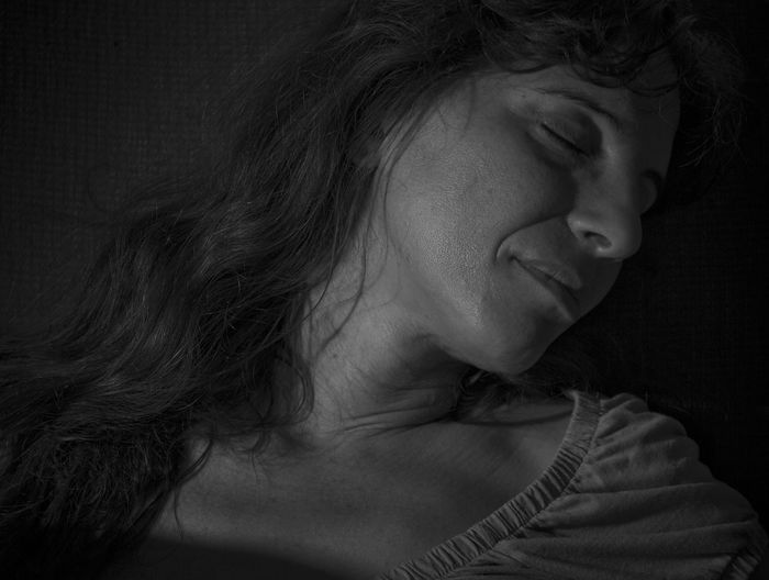Adult Beauty Black And White Black And White Portrait Close-up Indoors  Light And Reflection Low Key One Woman Only Portrait Sleeping Young Adult