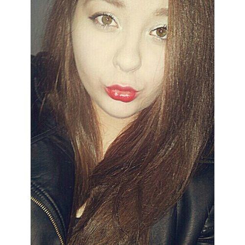Me Selfie Selca Brunetka lipstick polishgirl polskadziewczyna polskadupeczka polskagirl