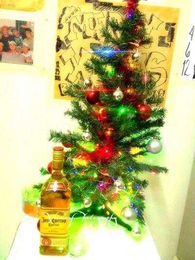 Another chillin night with my man @iamradzel @bryangonzales.. Spirit Of Christmas Buhanginrecords