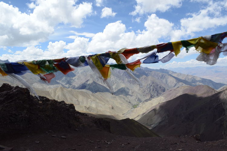 Prayer flags at Stok La, 4900 meters above sea level. August 2016. Hiking Hikingadventures Himalayas Leh Leh Ladakh India Prayer Flags  Stok La Tibet Tibet Travel Tibetan Buddhism Tibetan Prayer Flags View