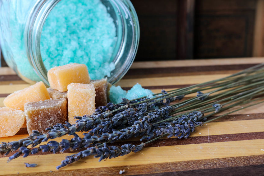 Blue bath salts and lavender flowers Aromatherapy Beauty Products Homemade Relaxing Salt Scrub Tranquility Wood Bath Salts Bath Salts Blue Body Care Close-up Day Indoors  Lavender Flowers No People Purple Sea Salt Sugar Scrub Love Yourself