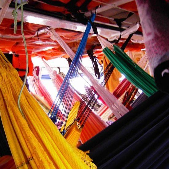 Hängematte Rede Redes Auf dem Boot von manaus nach belém auf dem amazonas brasil . Nichts für heute mit platzangst claustrophobie claustrophobia bunt farben cores colours