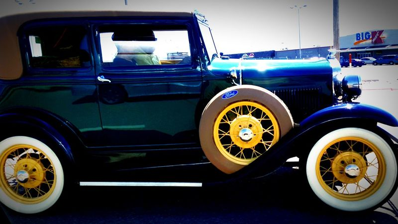 Colour Of Life Beautiful Day Photography MyPhotography Antique Ford Nice Ride Ford Taking Photos Lovetakingphotos Photolife Photographylover Beauty Love