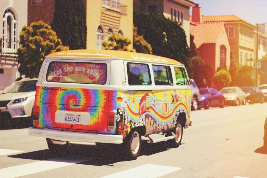 Be happy Hippie Hippielife San Francisco Free Rainbow Hippievan