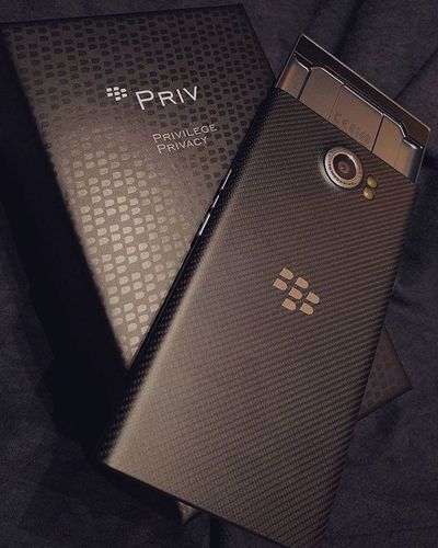 The Priv Blackberrypriv Android SchoolOfFish Berryflow Privilege Privacy Blackberry Nexus6P Smartphonephotography Datkeyboard Crispy