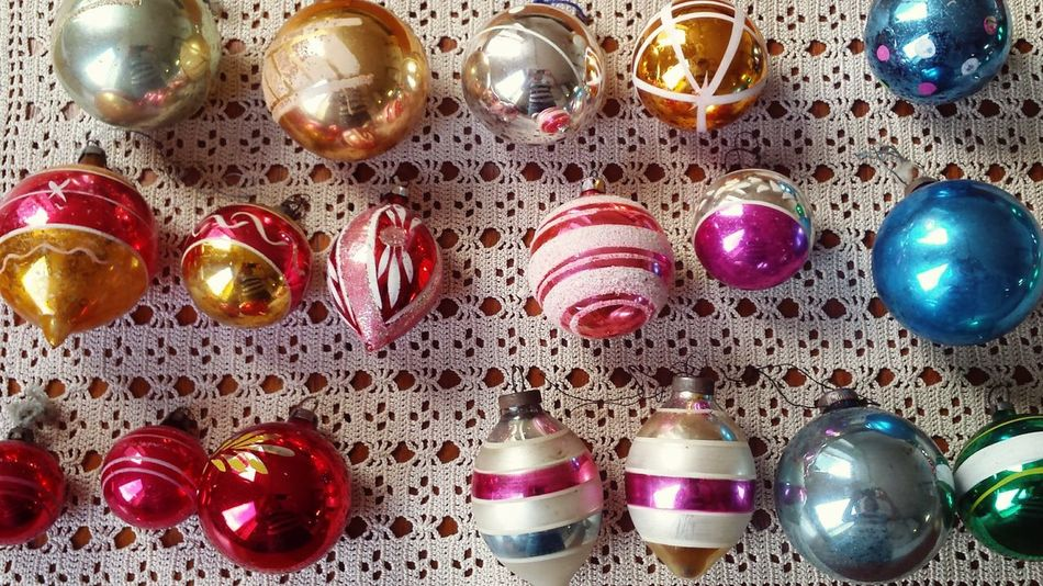 It makes sense that the vintage filter compliments vintage items! Vintage Vintage Shopping Vintage Moments Vintage Baubles Vintage Style Vintage Decor Vintage Christmas Vintage Christmas Decorations Christmas Decorations Christmas Time Learn & Shoot: Leading Lines Learn & Shoot: Simplicity Christmas Baubles Picturing Individuality Perfect Match Studio Shot Product Photography Eye4photography  Composition Colourful Shiny Reflection Glass Eyeem Christmas Showcase: November