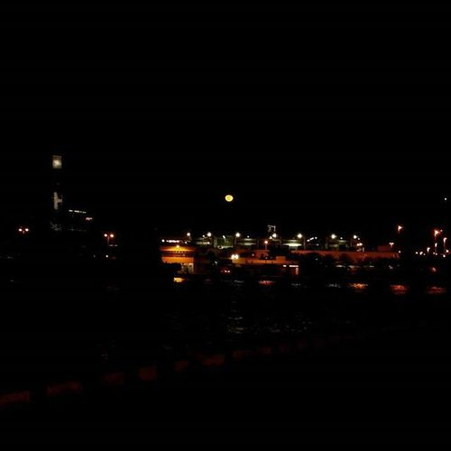Fly me to the moon🎤🎤🎤 Hkig 2015  Moon Saiwan Shektongtsui 西環 西環海旁 西環變幻時 石塘咀 西區公眾貨物裝卸區 月亮