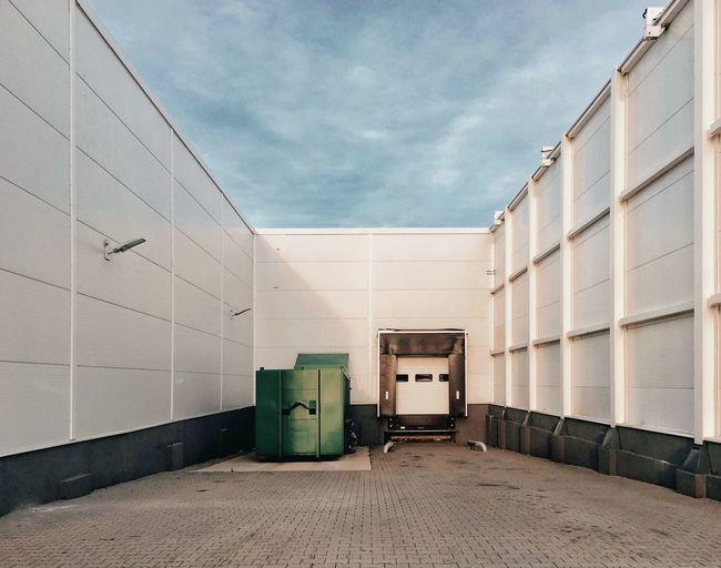 Minimalism White Metal Platform Industrial Warehouse Architecture Architecture_collection The Week On EyeEm Gridlove