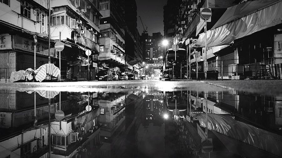 TKW Midnight HongKong Discoverhongkong Leica Leicaq Night Blackandwhite Night Lights Shadows & Lights Street Photography Nightphotography EyeEm Best Shots EyeEmBestPics EyeEm Gallery EyeEm Bnw Streetphoto_bw Rain Reflection Water 28mm The Architect - 2016 EyeEm Awards Pmg_hok