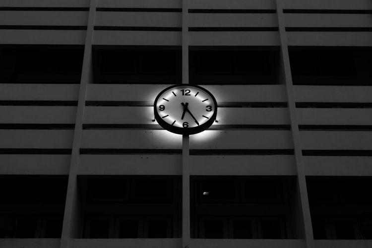 clock on the