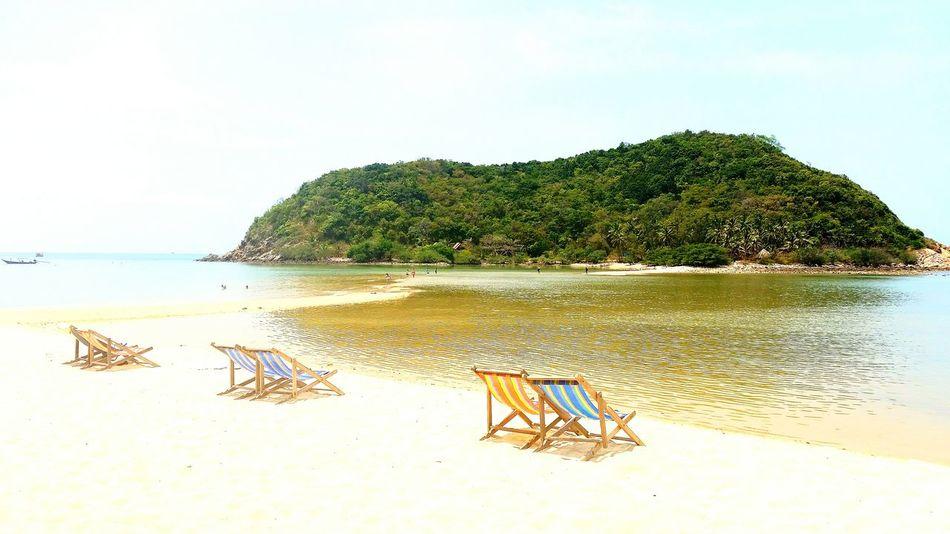 Beach Koh Phangan Beach Sunchair Sunlovers Sunlounger Sand Sea Thailand EyeEm Thailand Photography By @thomas Little
