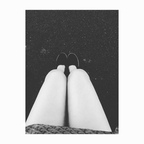 Eye4photography  Shootbyme ThisIsHowWeLive EyeEm Shooting IPhoneography View Blackandwhite Selife Girl Legs