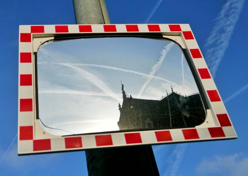 Early in the morning. Reflection Mirror Through The Mirror Architecture Vapor Trails Amsterdam Blue Sky Walking Around Urbanexploration