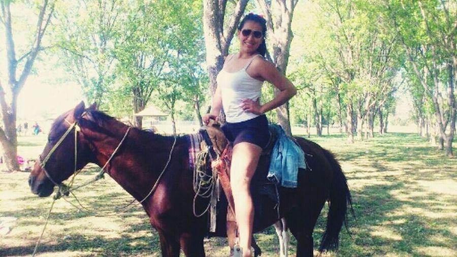 Soy de Rancho y a caballo ;)
