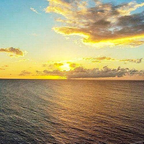 Awesome Sunset Sunnyday Sun Outdoors All_shots Grenada Islandlife Islandlivity Cloudporn Colourbound