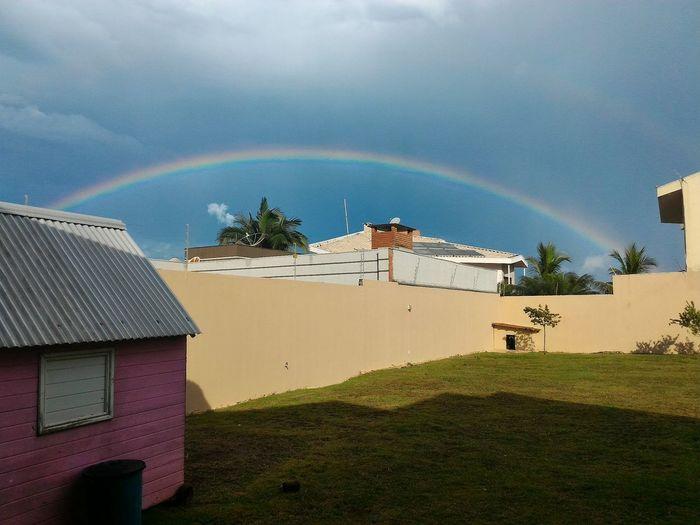 Arco-íris no quintal da minha casa. Foto original. Rainbow First Eyeem Photo