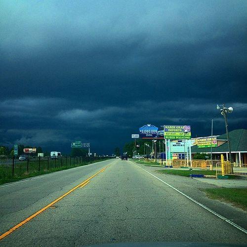 It's gon rain!