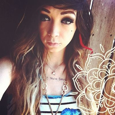 Hipstergirl Ombrehair Redwhiteblue
