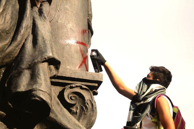 Anarquismo Pintura Monumento Reforma Circelozada