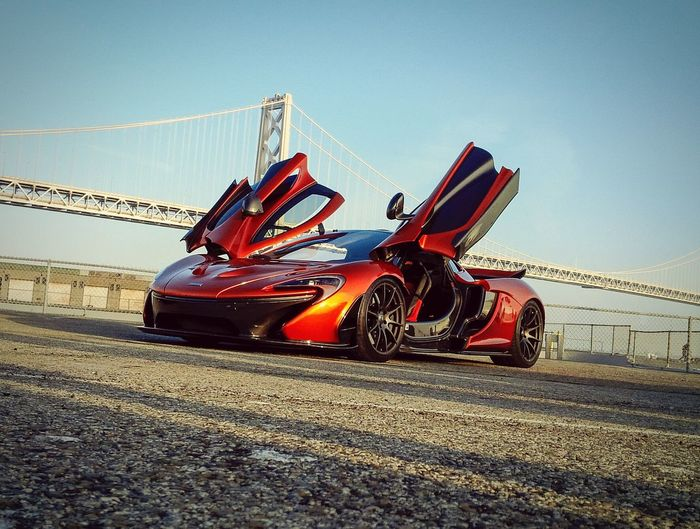 Something spectacular. McLaren P1 MclarenP1 V8 Twinturbo Hybrid Hypercar Supercar Exoticcar Luxurycar Fastcar Carsandcoffee Carphotography Smartphonephotography Beautiful Car AmaZing Car San Francisco Bay Bridge Embarcadero Beautiful View