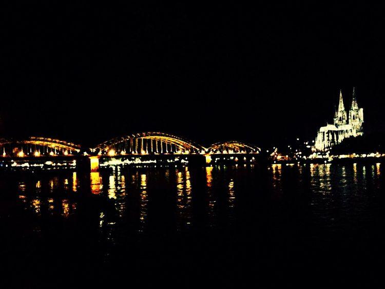 Köln Almanya Anıyakala Night