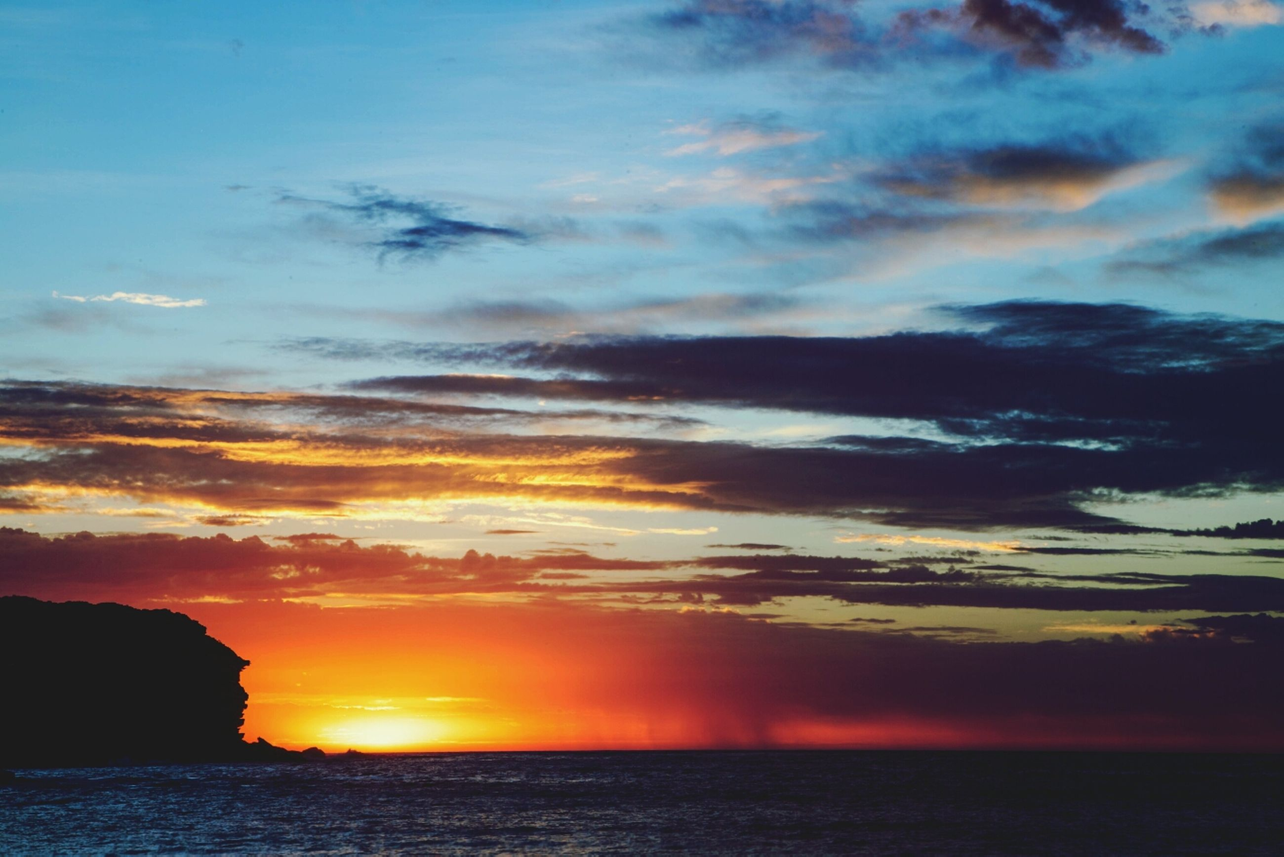 sunset, water, sea, scenics, tranquil scene, sky, beauty in nature, orange color, tranquility, waterfront, horizon over water, idyllic, sun, nature, silhouette, cloud - sky, cloud, reflection, dramatic sky, outdoors