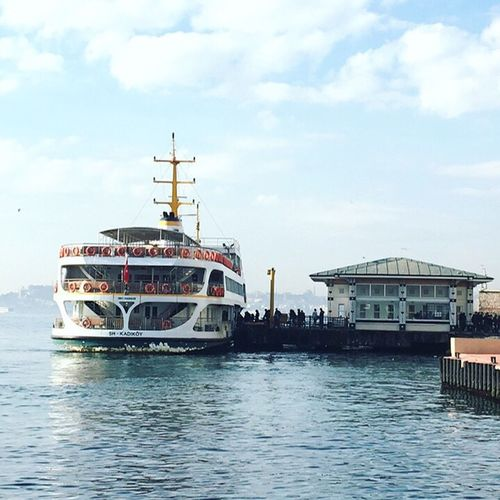 Günaydın İstanbul. 😍 Sky Water Waterfront Nautical Vessel Transportation Mode Of Transport Sea Building Exterior Architecture Outdoors Cloud - Sky No People Day Nature Istanbul Turkey Vapur Iskele
