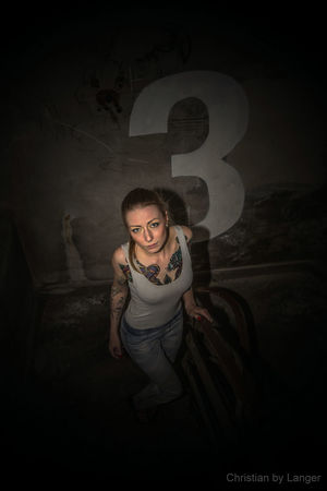 Unterwegs mit Model: Erste Sahne auf der Olympus Photography Playground Model Tattoo Dark