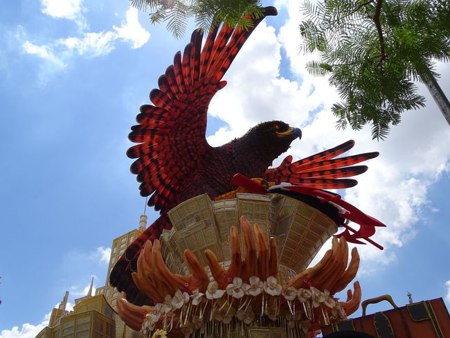 ezefer Animal Representation Architecture Art Arts Culture And Entertainment ArtWork Building Exterior Carnaval Carnaval2017sp Carnival City Cloud - Sky Cultures Day Low Angle View No People Outdoors Representing Rooster Sculpture Sky Statue