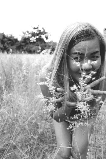 EyeEm Best Shots EyeEm Selects Bueatiful Young Women Wheat Rural Scene Portrait Timothy Grass Beautiful Woman Beauty Field Girls Headshot Wildflower Blooming Barley Cereal Plant Oat - Crop Thistle Countryside Ear Of Wheat Uncultivated Thoughtful Combine Harvester Grassland Greenery