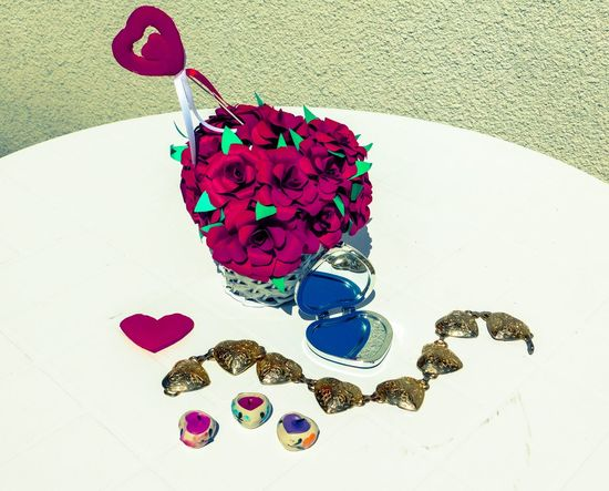 Simple and white Beautiful Candles EyeEmNewHere Mirror Simple Things In Life Basket Basket Of Flowers 🌷 Close-up Day Decoration Decorations Decorative Flowers Heart High Angle View Multi Colored No People Phone Case Roses Simple Simplicity Table White White Background